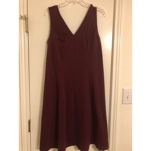 Dresses & Skirts - Maroon sleeveless dress